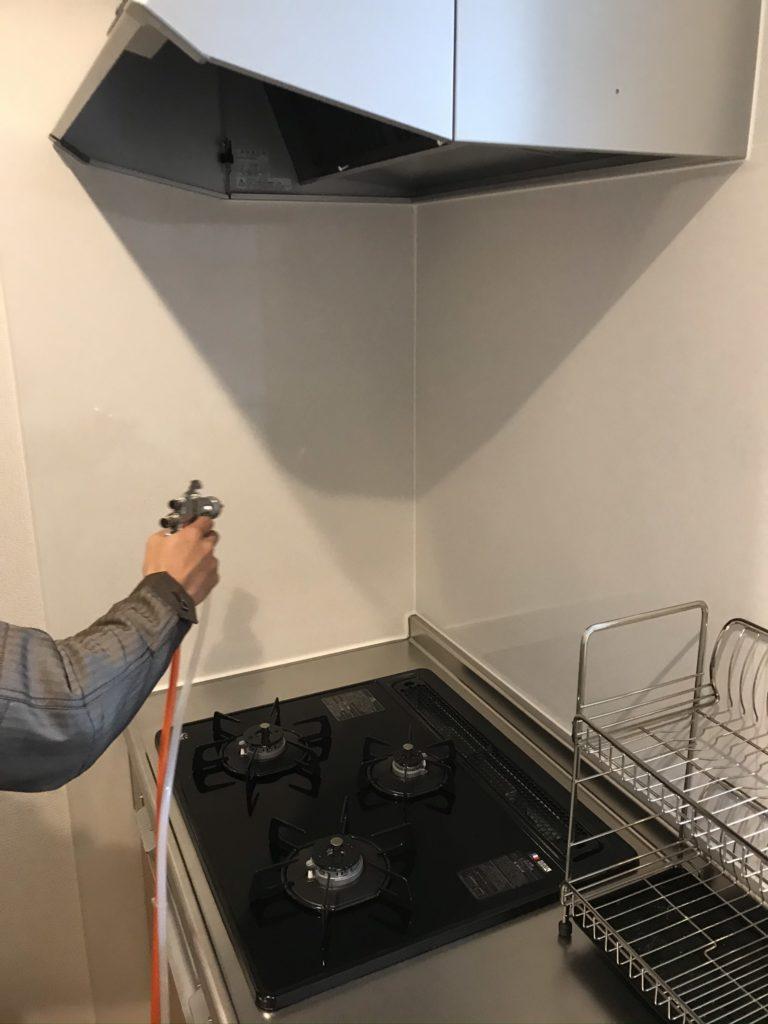 光触媒エコクリーン吹き付け・キッチン