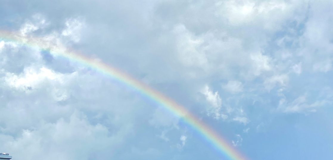 福岡市東区 養生作業(その前に綺麗な虹が)