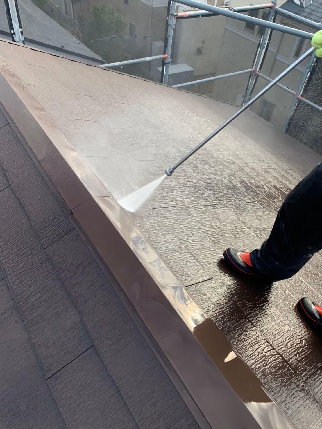 屋根の高圧洗浄 写真1