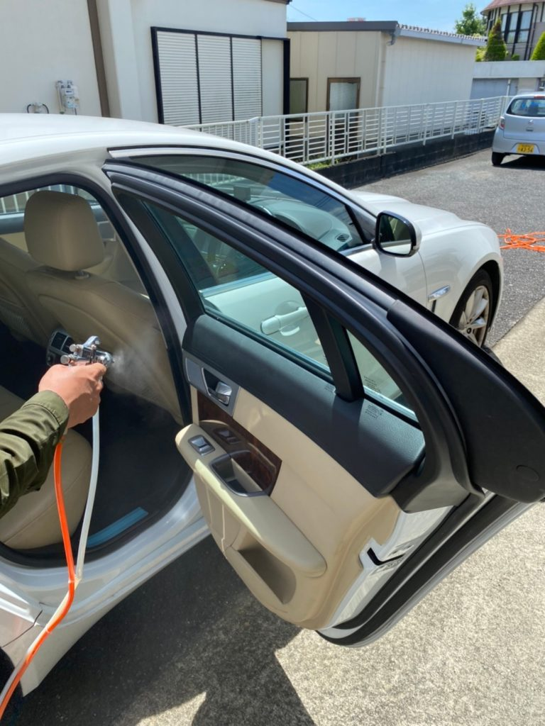 車内 光触媒コーティング 写真1