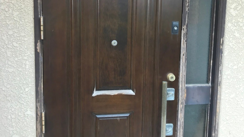 福岡県糟屋郡の玄関ドア塗装