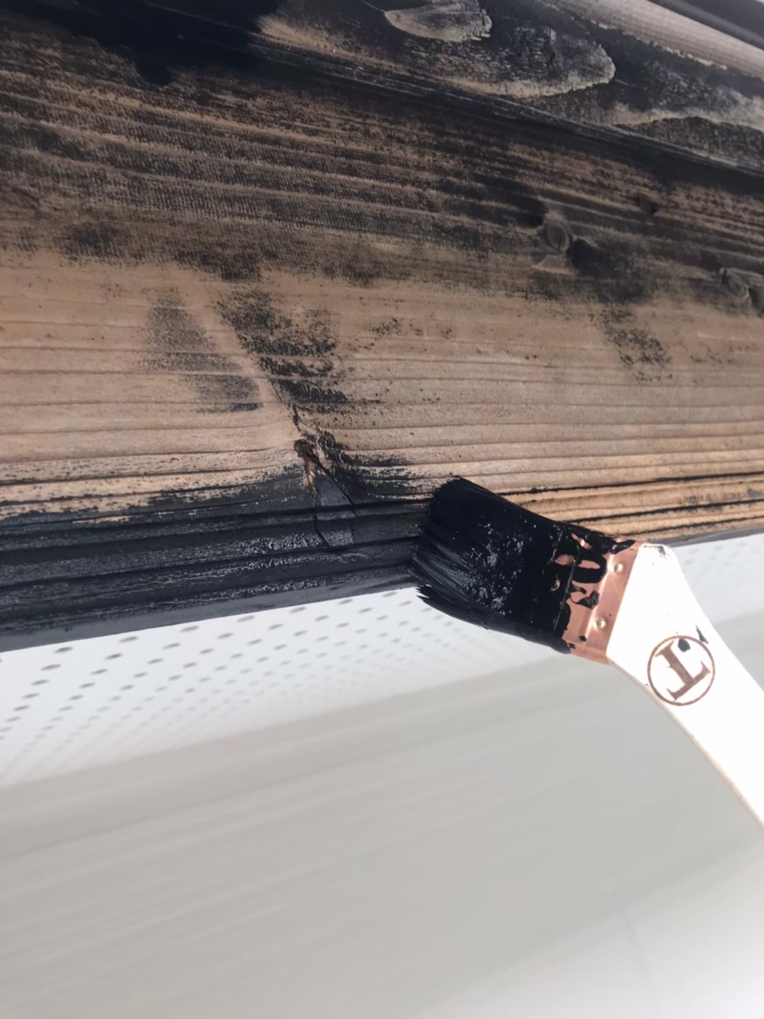 破風板塗装 状況1