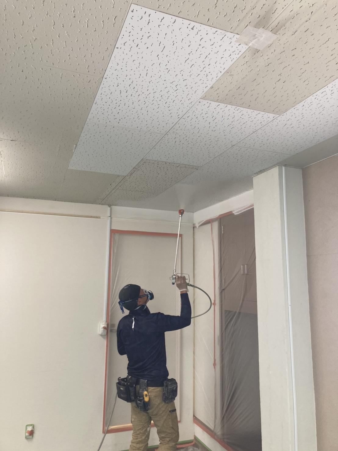 天井塗装 写真1