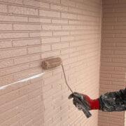 久留米市 サイディング隙間埋めと外壁の中塗り・上塗り