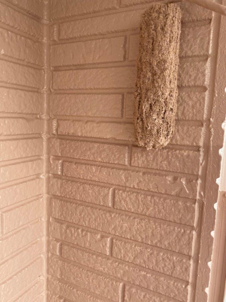 久留米市 サイディング隙間埋めと外壁の中塗り・上塗り 写真14