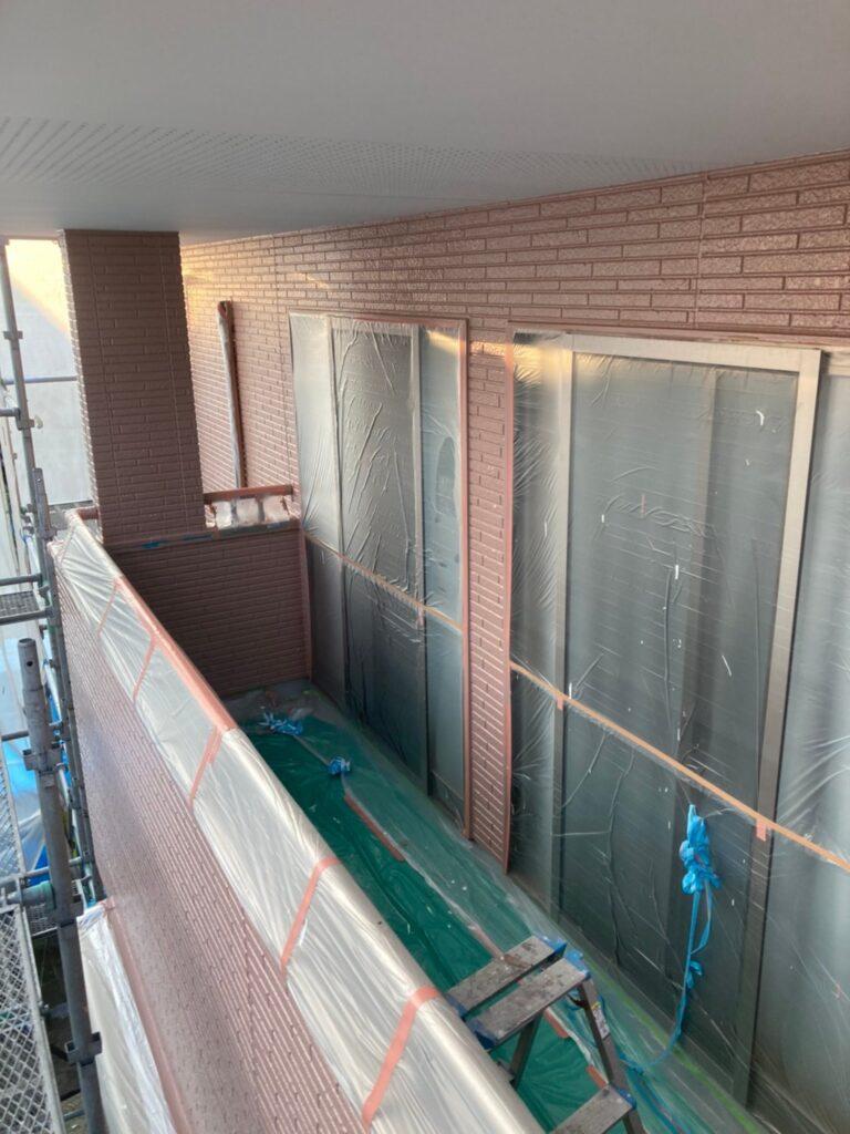 久留米市 サイディング隙間埋めと外壁の中塗り・上塗り 写真18