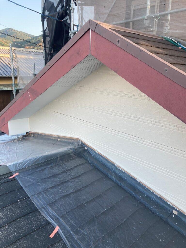 久留米市 サイディング隙間埋めと外壁の中塗り・上塗り 写真5