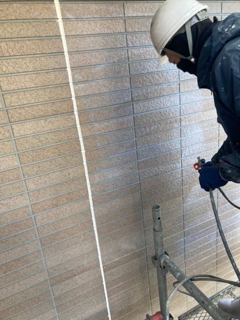 佐賀市 外壁の下塗りと中塗り 写真6