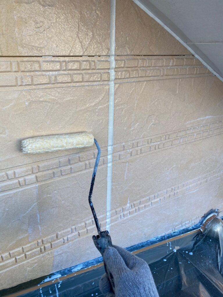 久留米市 軒天塗装と外壁下塗り 写真13
