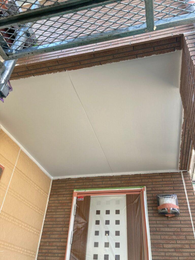 久留米市 軒天塗装と外壁下塗り 写真5