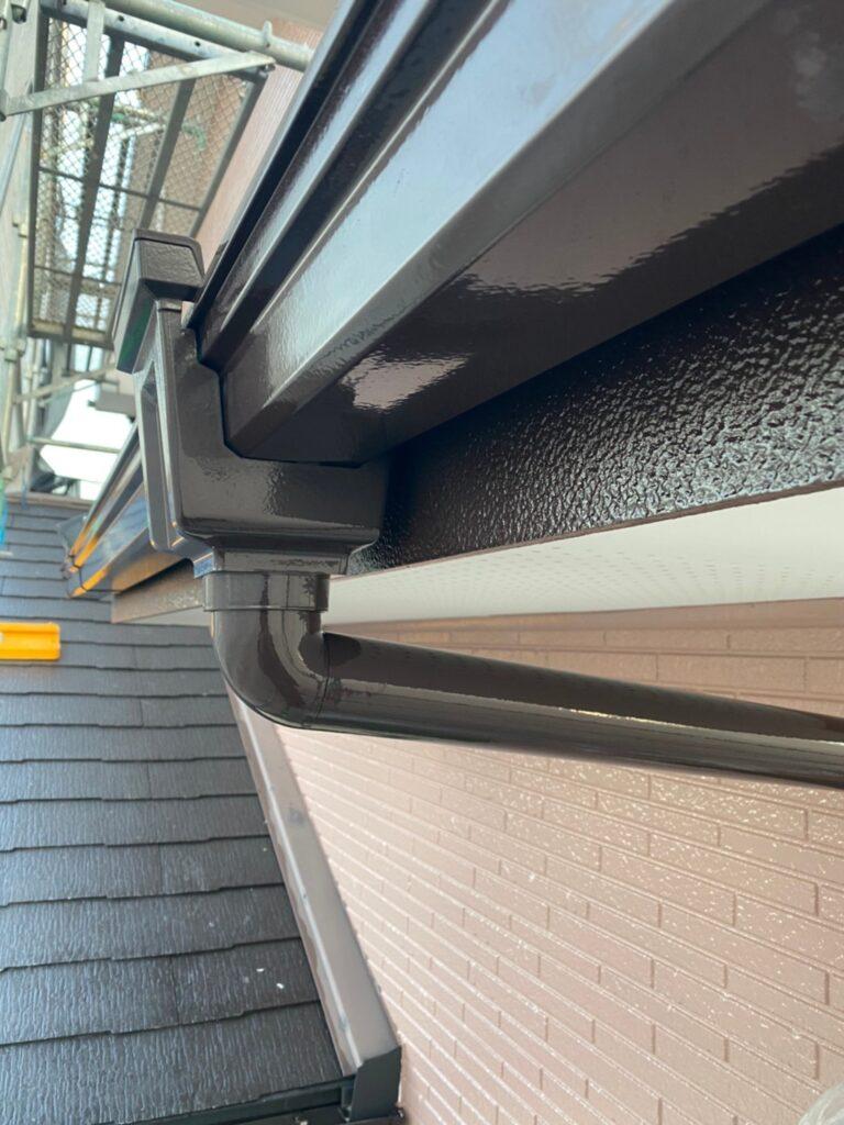 久留米市 屋根中塗りと各所付帯塗装 写真11