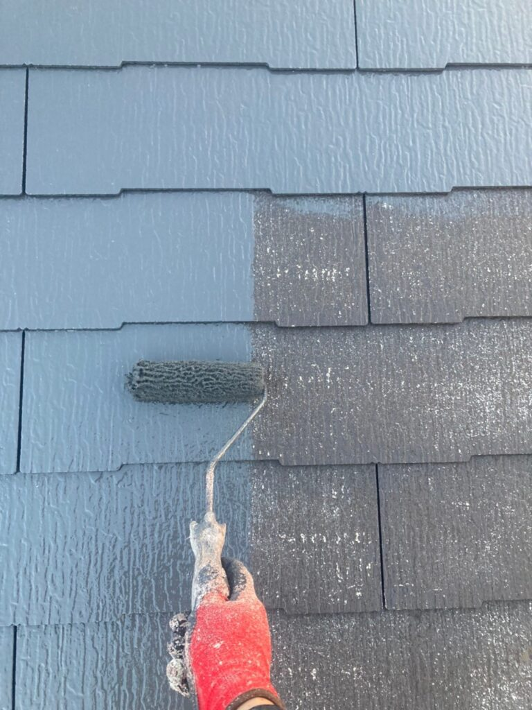 久留米市 屋根中塗りと各所付帯塗装 写真2