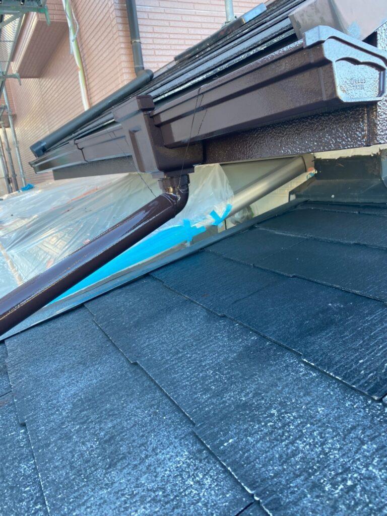 久留米市 屋根中塗りと各所付帯塗装 写真9