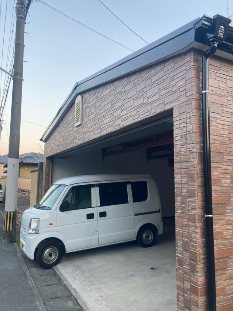 久留米市 屋根上塗りと車庫外壁クリアー塗装 写真14