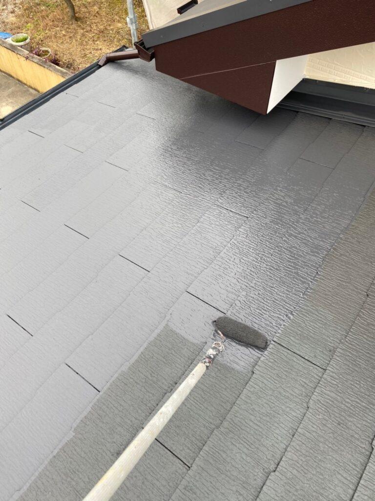 久留米市 屋根上塗りと車庫外壁クリアー塗装 写真2