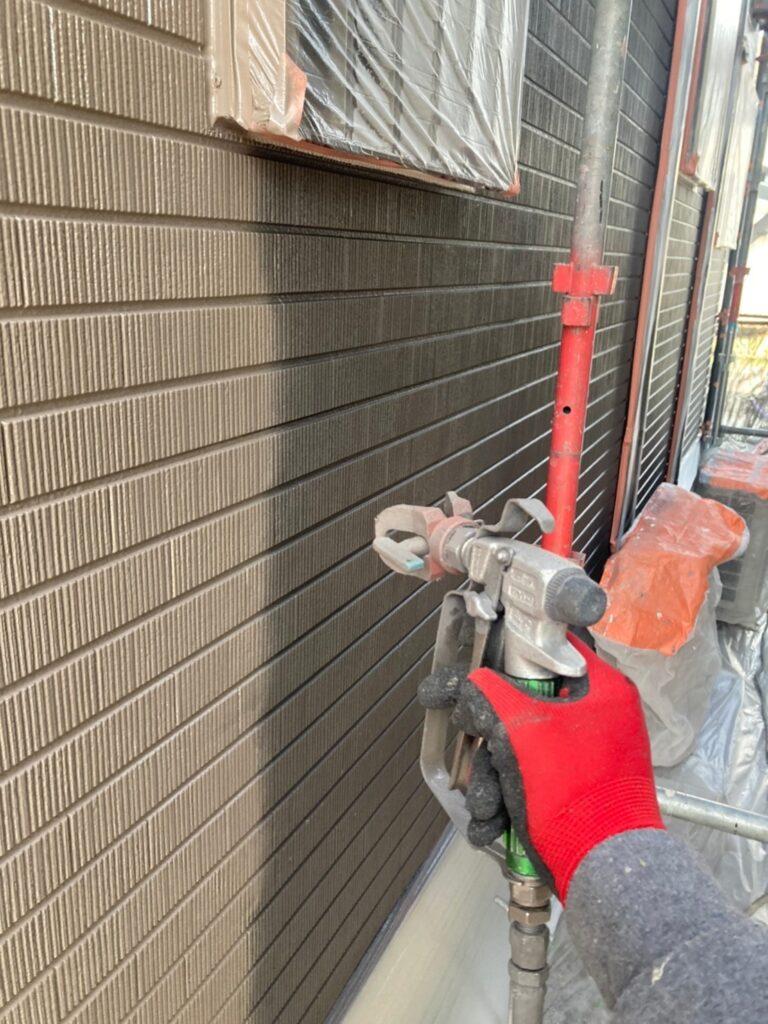 鳥栖市 外壁中塗りと軒天塗装 写真3