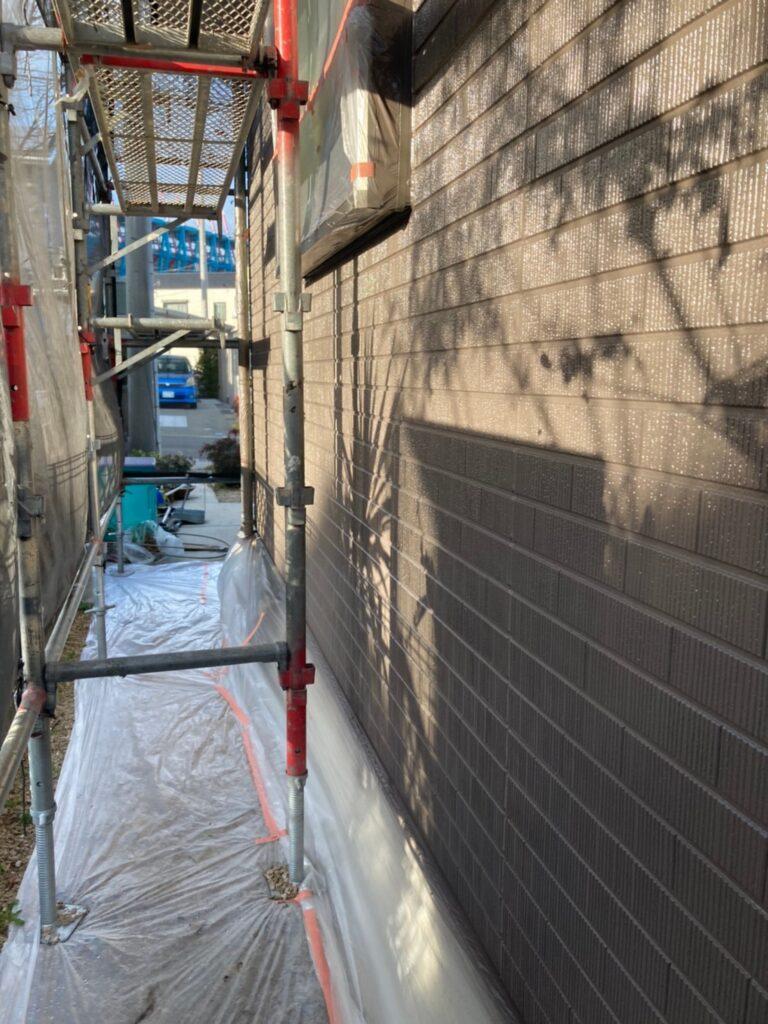 鳥栖市 外壁中塗りと軒天塗装 写真4
