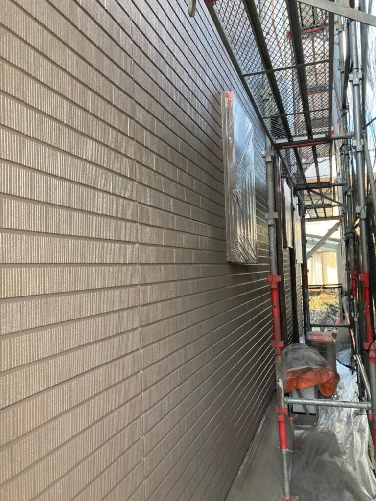 鳥栖市 外壁中塗りと軒天塗装 写真5