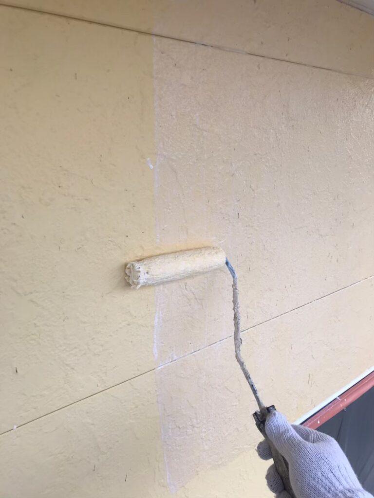 行橋市 軒天塗装と外壁下塗り 写真11