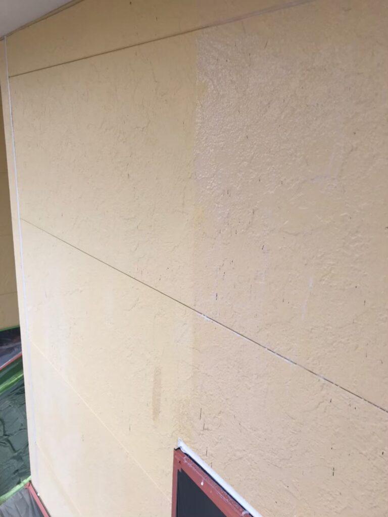 行橋市 軒天塗装と外壁下塗り 写真16