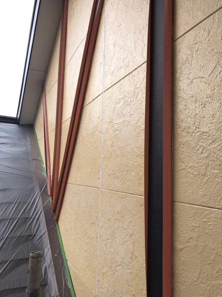行橋市 軒天塗装と外壁下塗り 写真19