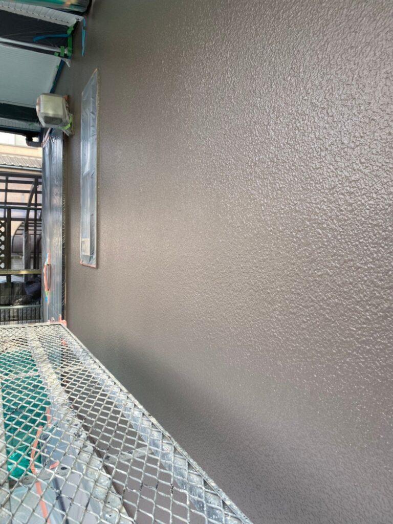 飯塚市 外壁中塗りと屋根ヒビ割れ補修 写真18