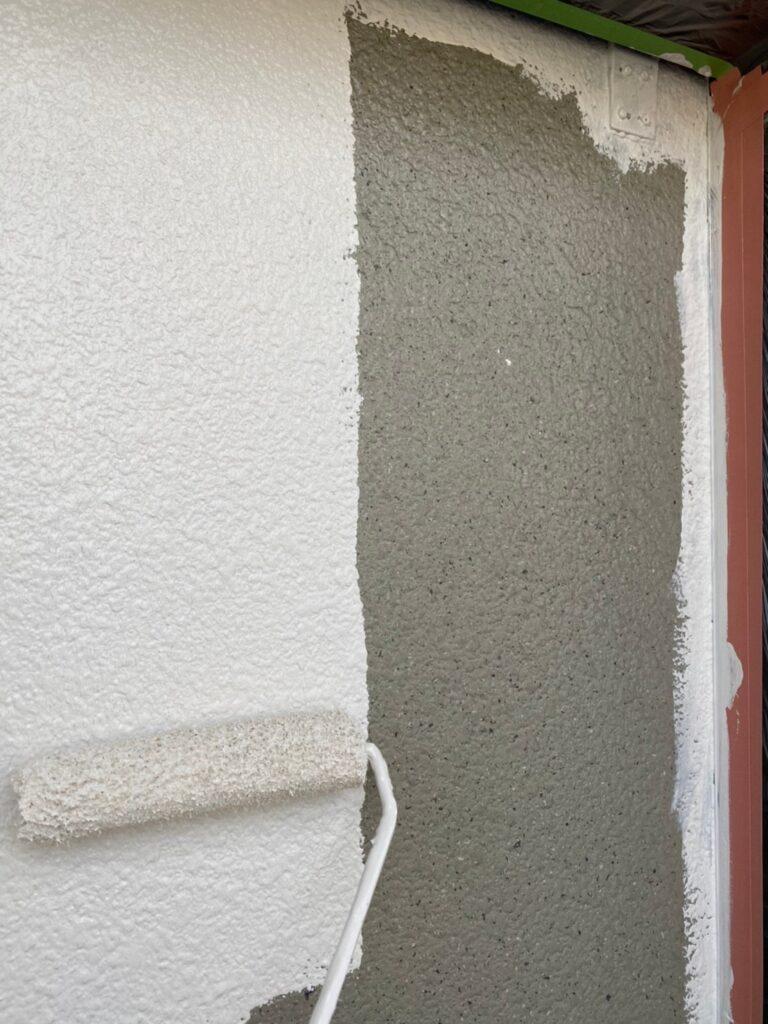 飯塚市 外壁中塗りと屋根ヒビ割れ補修 写真4
