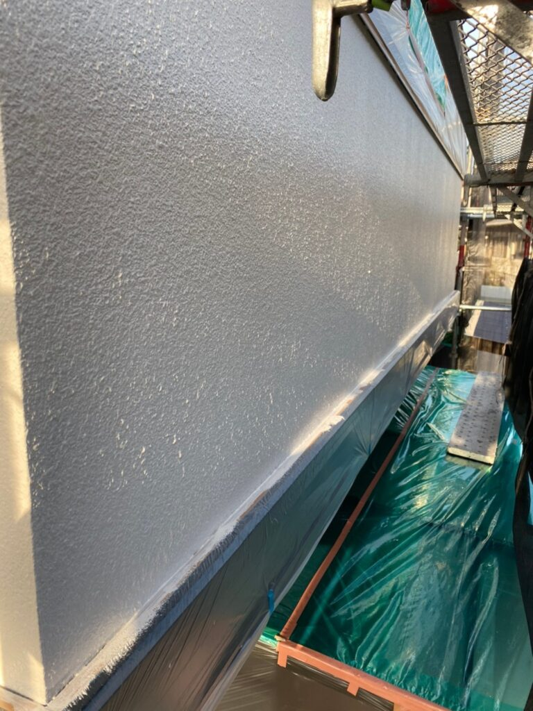 飯塚市 外壁中塗りと屋根ヒビ割れ補修 写真8