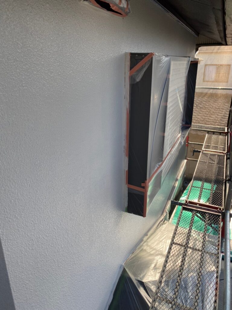 飯塚市 外壁中塗りと屋根ヒビ割れ補修 写真9