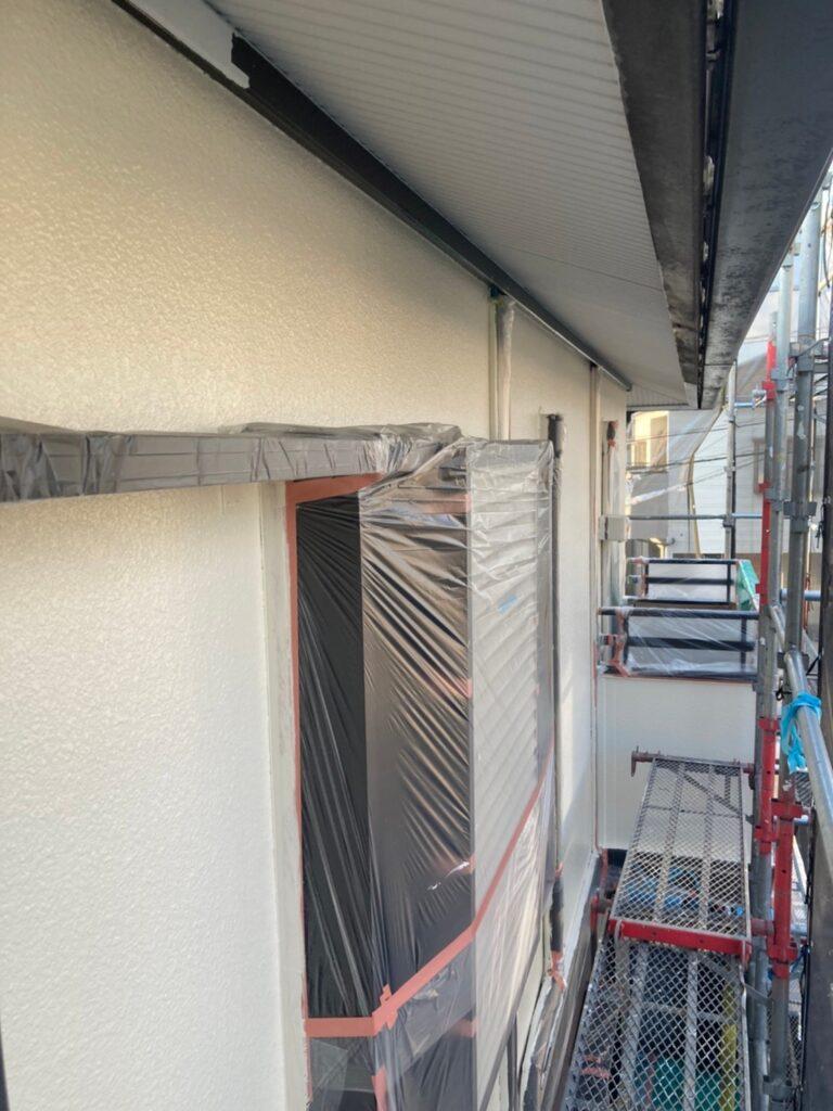 飯塚市 軒天塗装と外壁上塗り 写真18