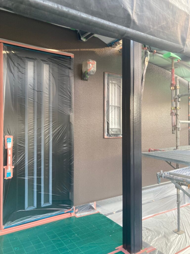 飯塚市 軒天塗装と外壁上塗り 写真24