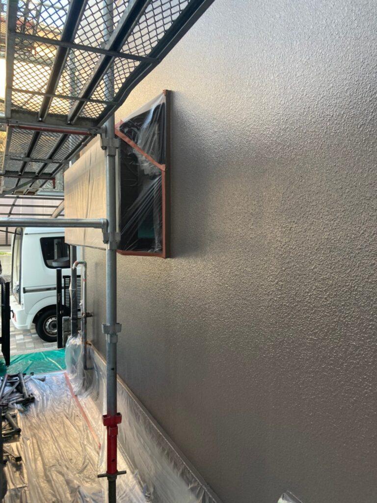 飯塚市 軒天塗装と外壁上塗り 写真25