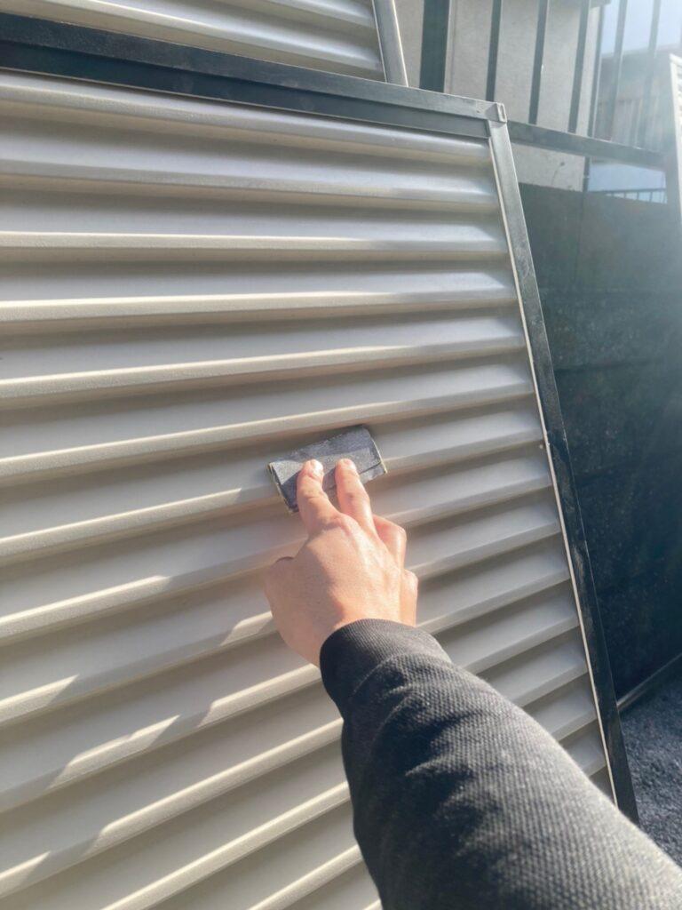 飯塚市 屋根中塗りと雨戸塗装 写真8