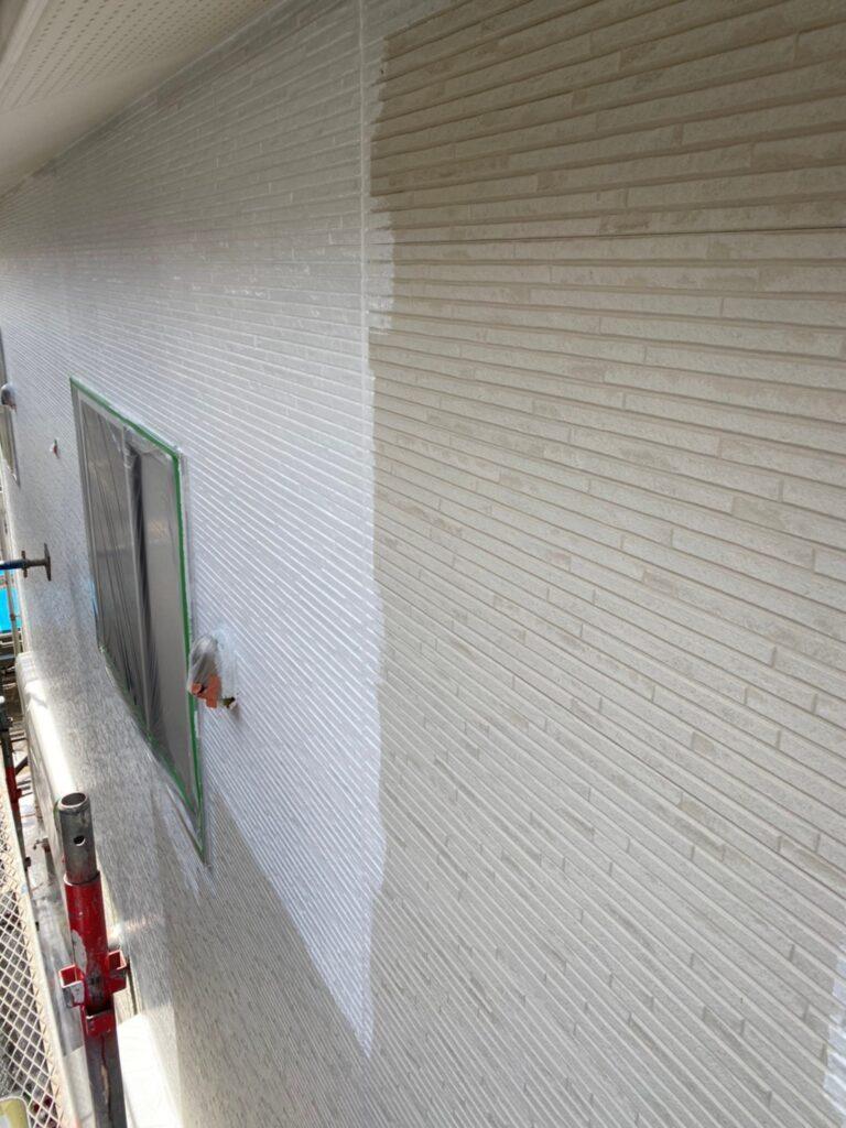 福岡市 軒天塗装と外壁下塗り 写真12
