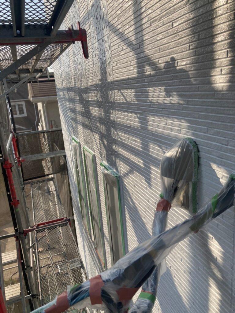 福岡市 軒天塗装と外壁下塗り 写真16