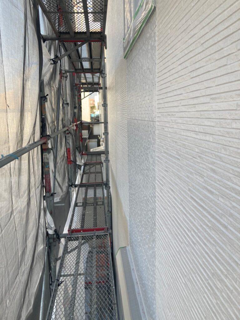 福岡市 軒天塗装と外壁下塗り 写真18
