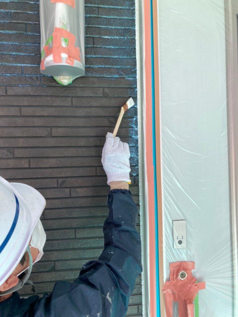 福岡市 軒天塗装と外壁下塗り 写真21