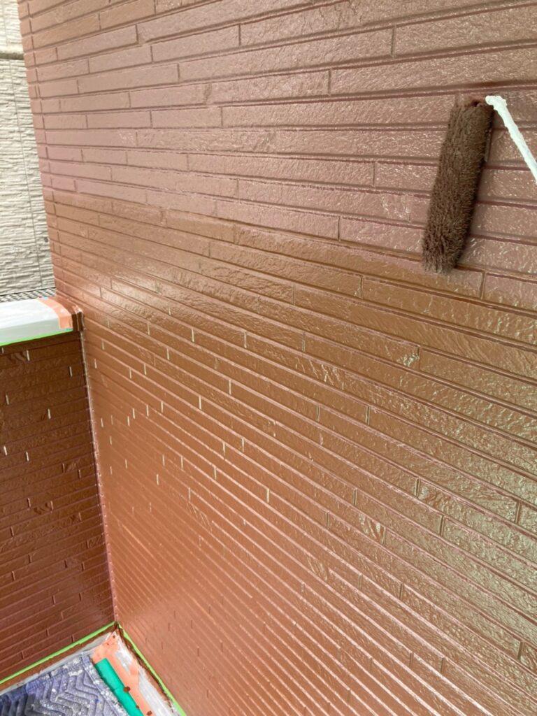 福岡市 外壁上塗りと屋根下塗り 写真4