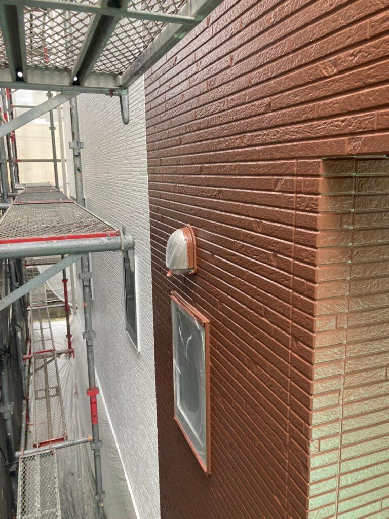 福岡市 外壁上塗りと屋根下塗り 写真5