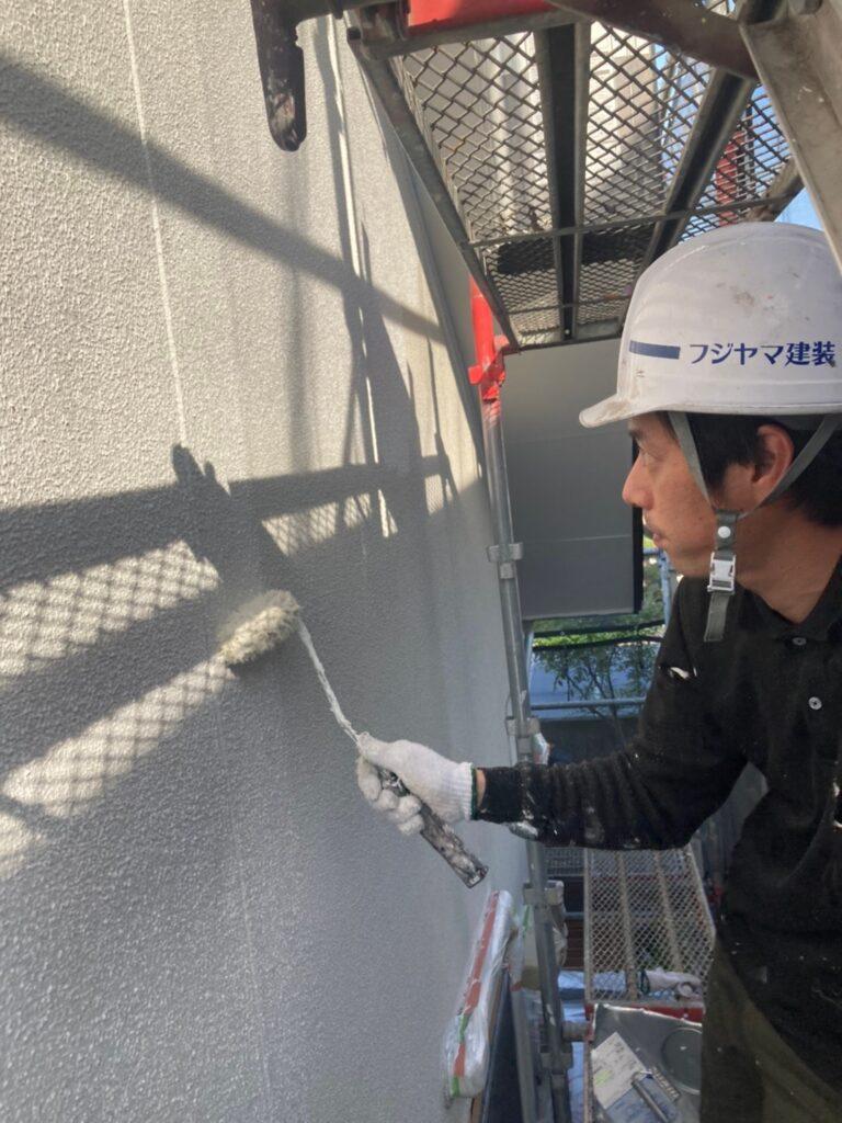 福岡市 外壁下塗り(マスチック工法) 写真4