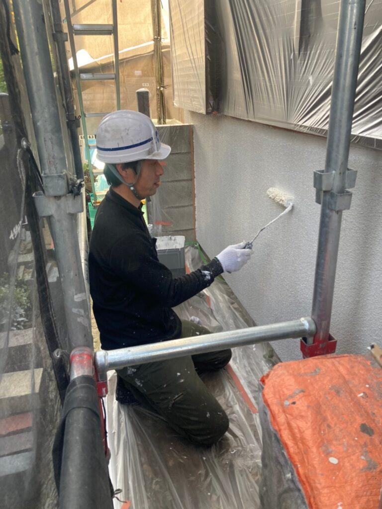 福岡市 外壁下塗り(マスチック工法) 写真6
