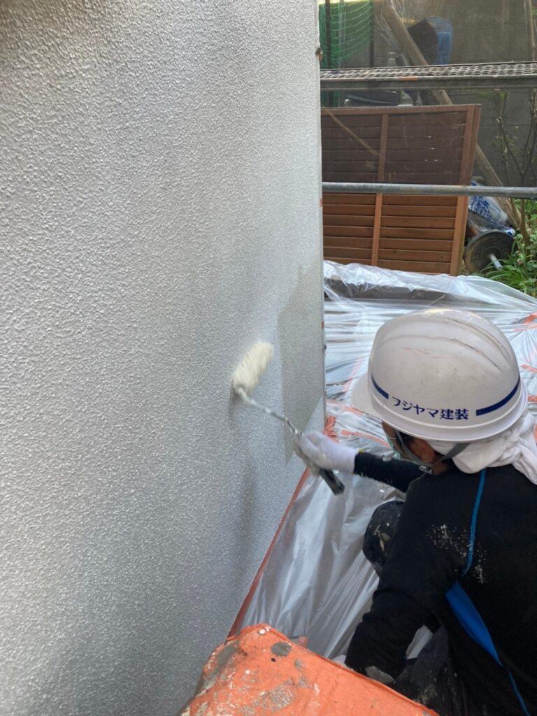 福岡市 外壁下塗り(マスチック工法) 写真7