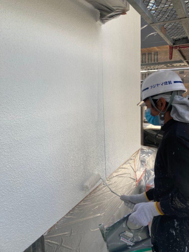 福岡市 外壁塗装 中塗り 上塗り 写真10