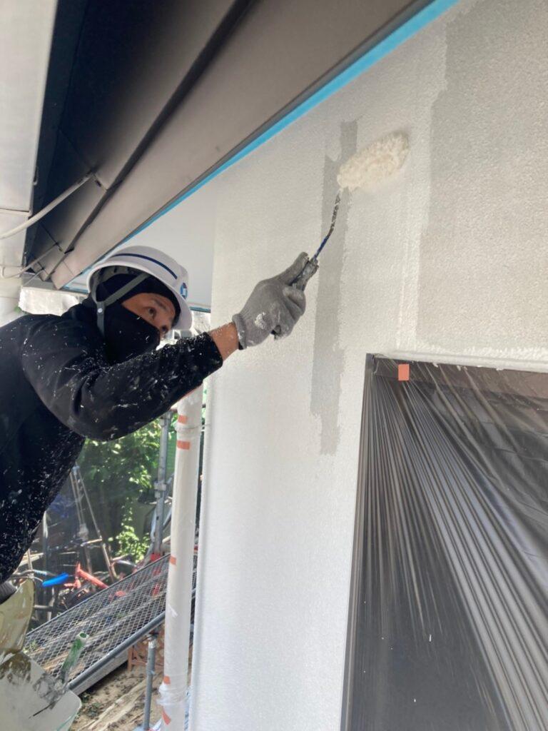 福岡市 外壁塗装 中塗り 上塗り 写真3