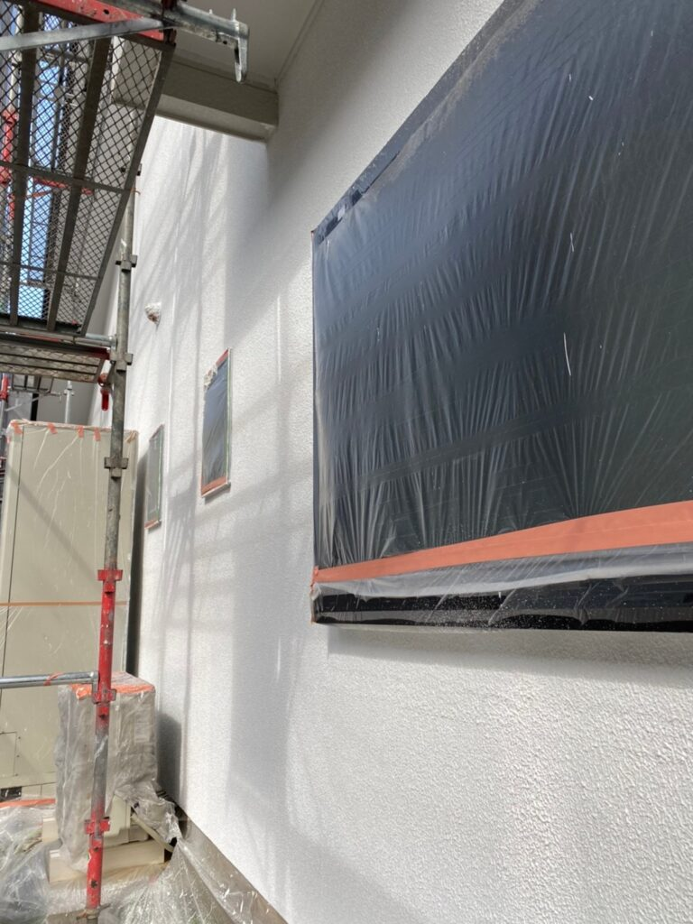 福岡市 外壁塗装 中塗り 上塗り 写真6
