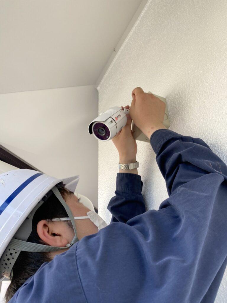 福岡市 木製扉塗装 防犯カメラ取り付け など 写真12