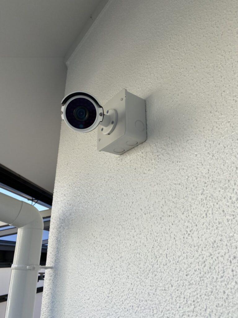 福岡市 木製扉塗装 防犯カメラ取り付け など 写真15