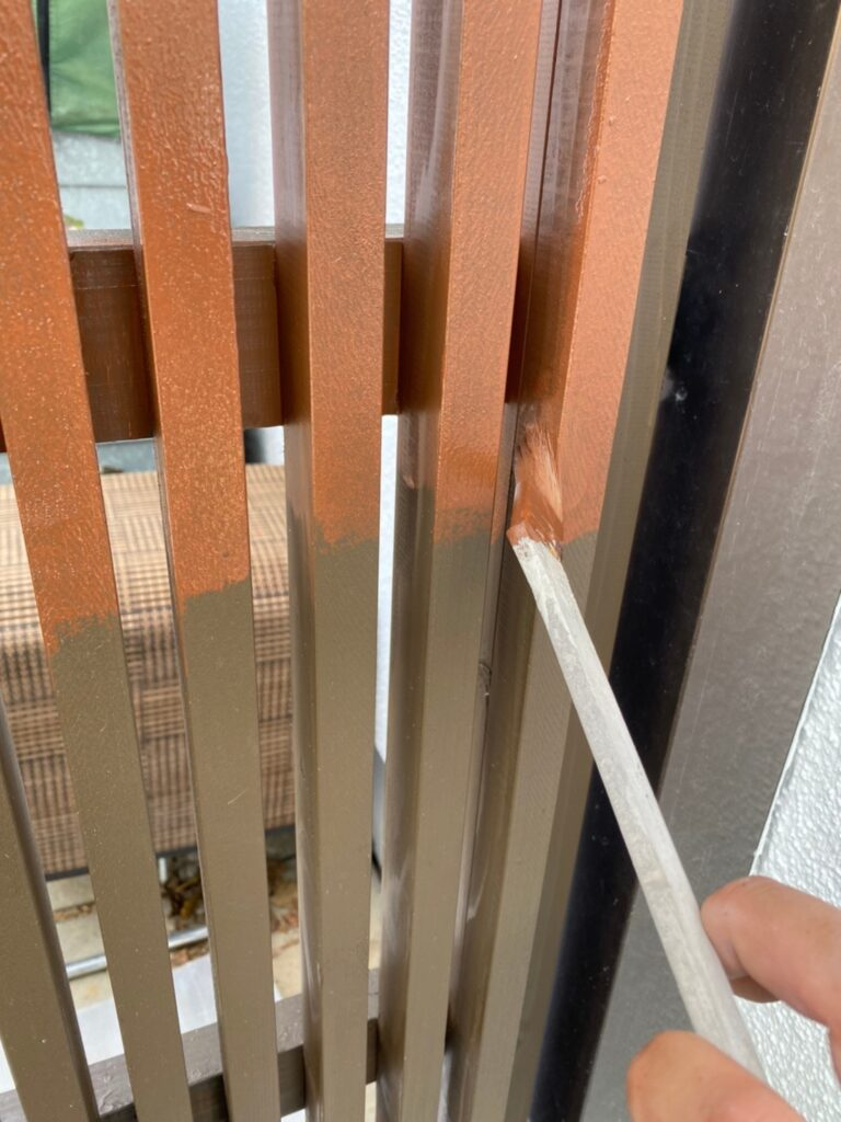 福岡市 木製扉塗装 防犯カメラ取り付け など 写真2