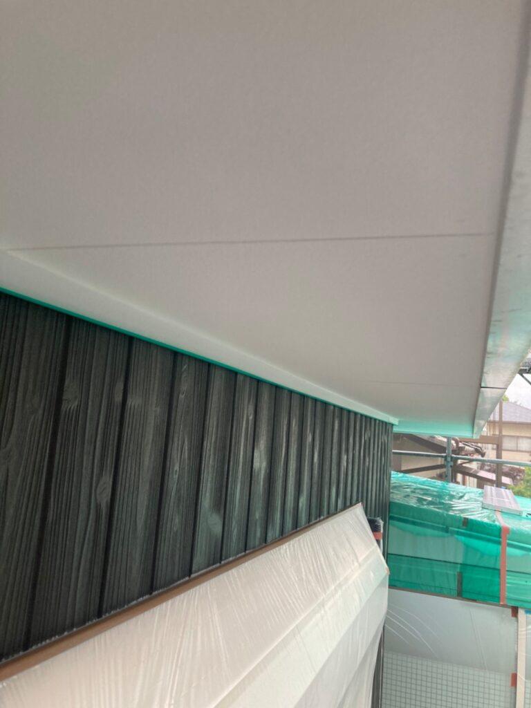 那珂川市 外壁下塗りと軒天塗装 写真10
