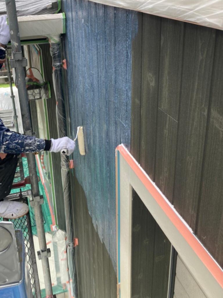 那珂川市 外壁下塗りと軒天塗装 写真3
